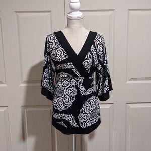 White House Black Market Kimono Sleeve Top